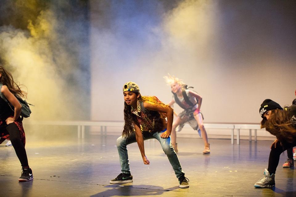 dance-517675_960_720
